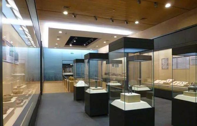 博物馆为什么没有自然光,自然光有危害吗